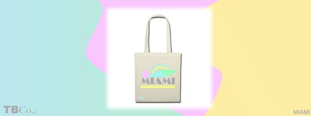 Bolsa de tela con diseño inspirado en Miami y su popular estilo Art Déco