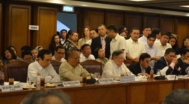 Philippines to lose 200 billiion in Duterte's tax reform