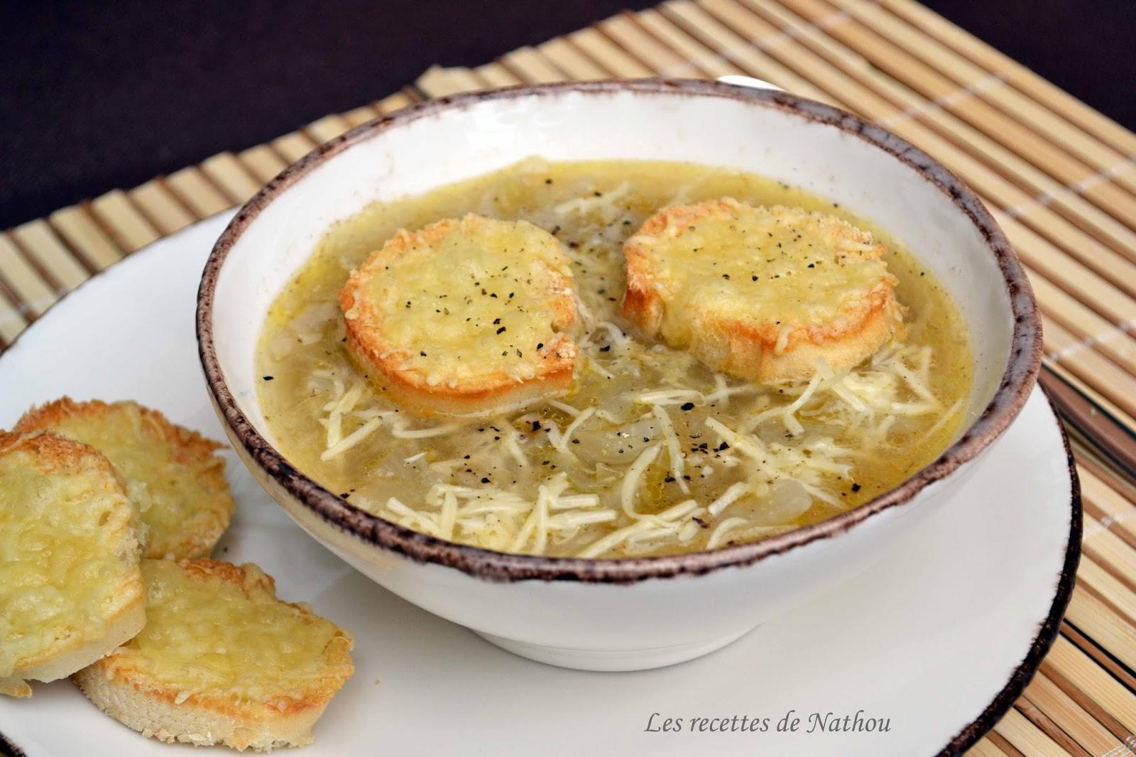 Ma cuisine au fil de mes idées...: Soupe aux oignons et toasts grillés au gruyère