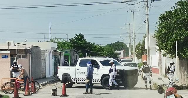 Asegura la FGR a dos personas y droga en Yucatán