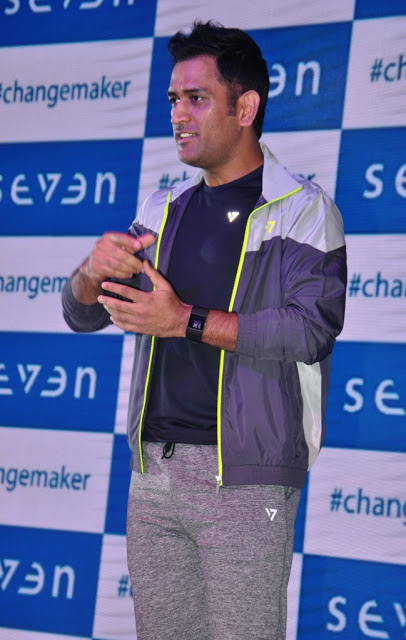 Mahendra singh dhoni age,family,images,wife,age,First match,House,Marriage