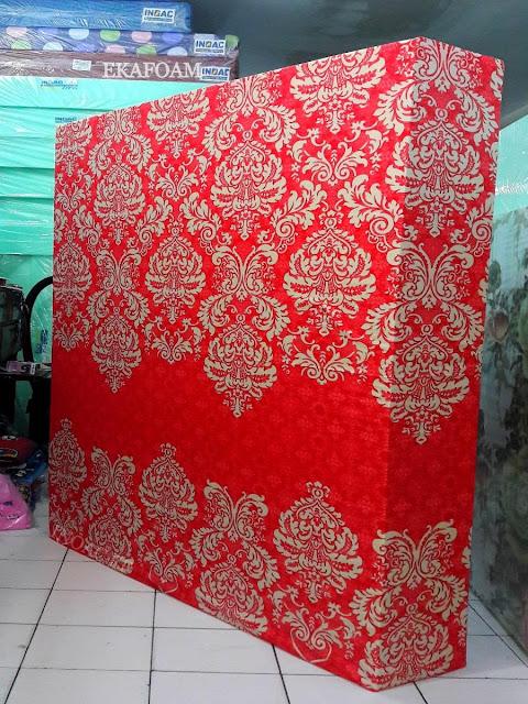 Kasur inoac motif minimalis batik pandawa merah