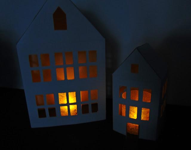 domek latarenka z papieru