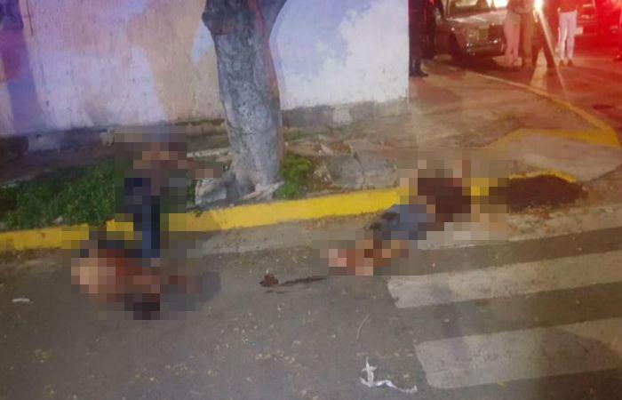 Sicarios levantan a tres sujetos y los torturan hasta romperles las piernas, los tiraron en calles de Guadalajara