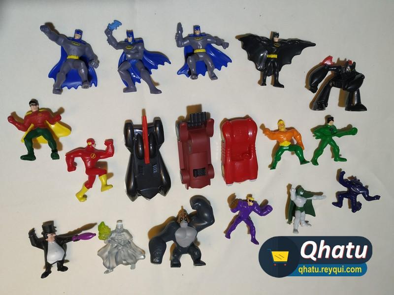 (Bs. 70) Figuras de DC Comics en colección: 18 figuras