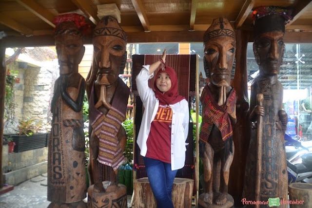 ukiran patung tradisional