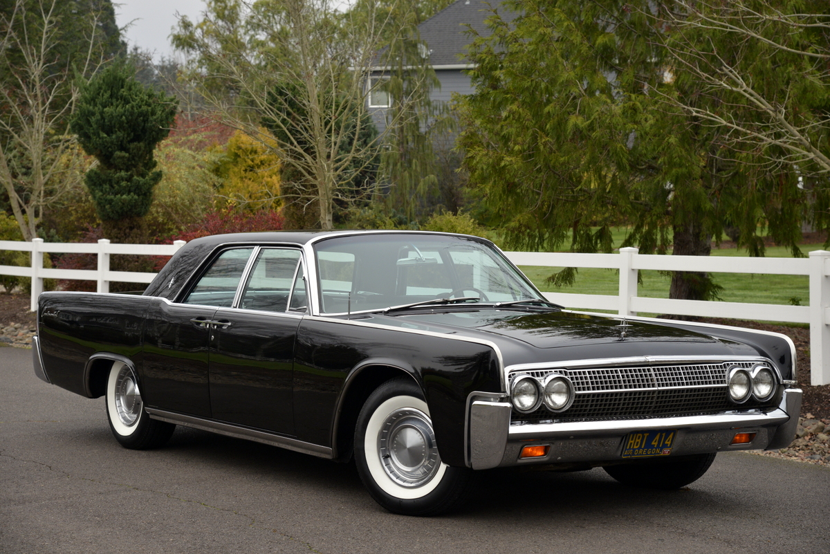 1963-LincolnContinental-02.jpg