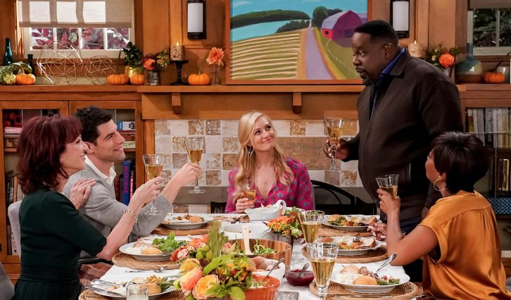 The Neighborhood - Episode 1.08 - Welcome to Thanksgiving - Promo, 3 Sneak Peeks + Press Release