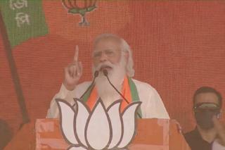 TMC मतलब ट्रांसफर माय कमीशन, हम कहते हैं डायरेक्ट बेनेफिट ट्रांसफर, पुरुलिया रैली में PM मोदी का वार