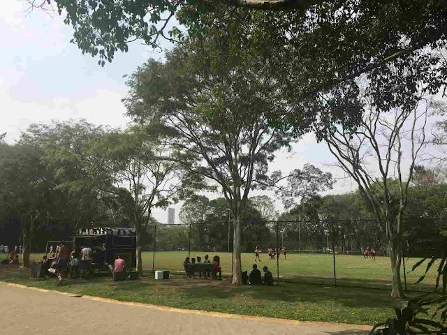 Parque Villa-Lobos - Campo de futebol