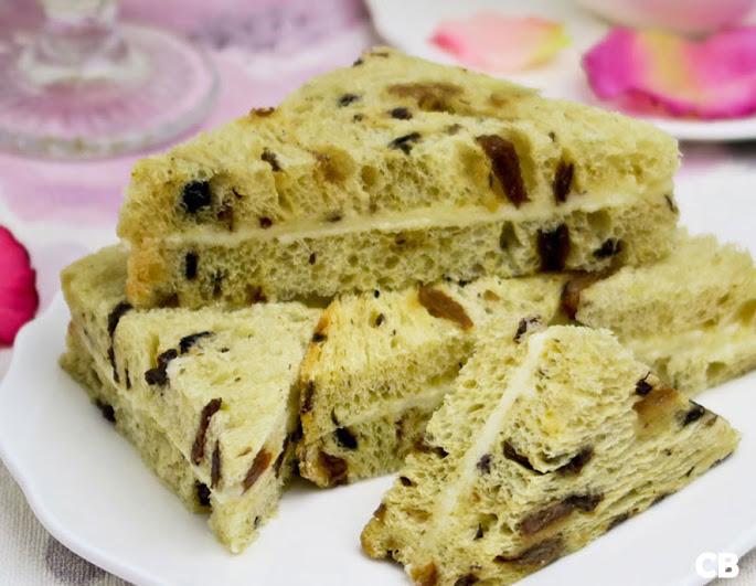 Recept Krentenbroodsandwiches met Grand-Marnier-boter