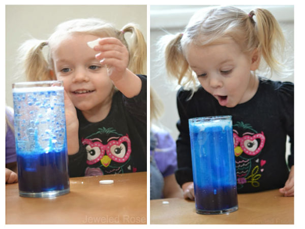 EXPERIMENT FOR KIDS: Make your own lava lamp! #scienceexperimentskids #sciencefairprojects #lavalamp #lavalampdiy #lavalampsforkids #lavalampexperiment #scienceexperiments