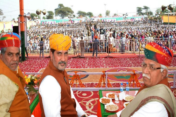 haryana-cm-in-Fatehabad-Rally