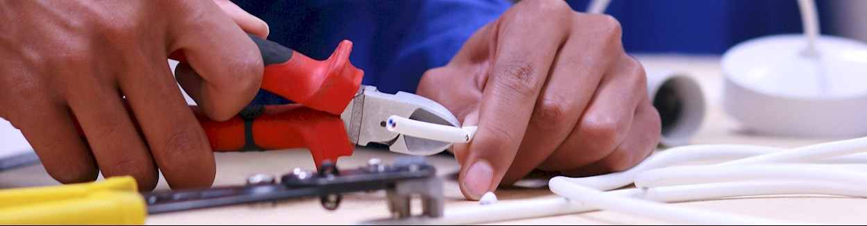 Electrician Services in Ambawadi