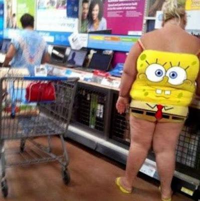 Spongebob Schwamm dicke Frau beim Einkaufen