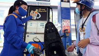 Giá xăng tăng do chi phí sản xuất dầu tăng