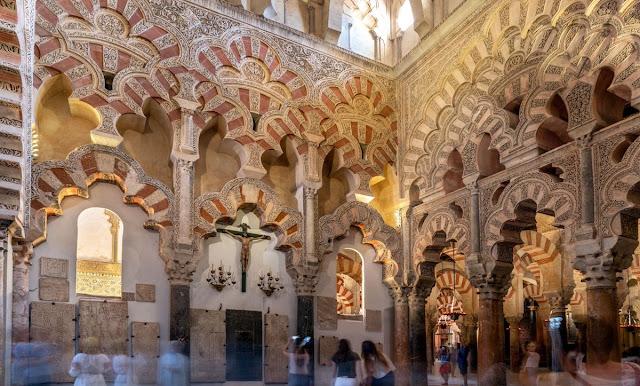 Sejarawan: Barat Harus Adil Soal Hagia Sophia, Banyak Masjid juga Diubah jadi Katedral di Spanyol