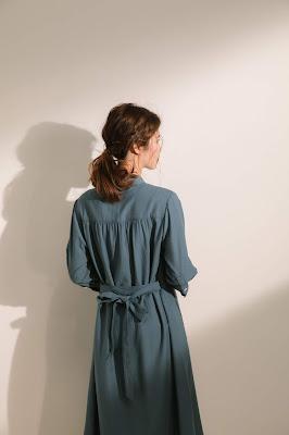 口袋裡的夏天舒棉開襟莫蘭迪藍七分袖洋裝