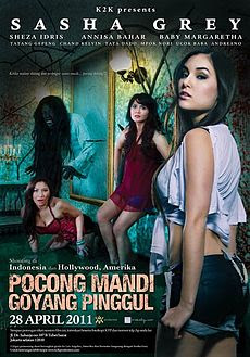 Download Film Pocong Mandi Goyang Pinggul 2011 DVDRip