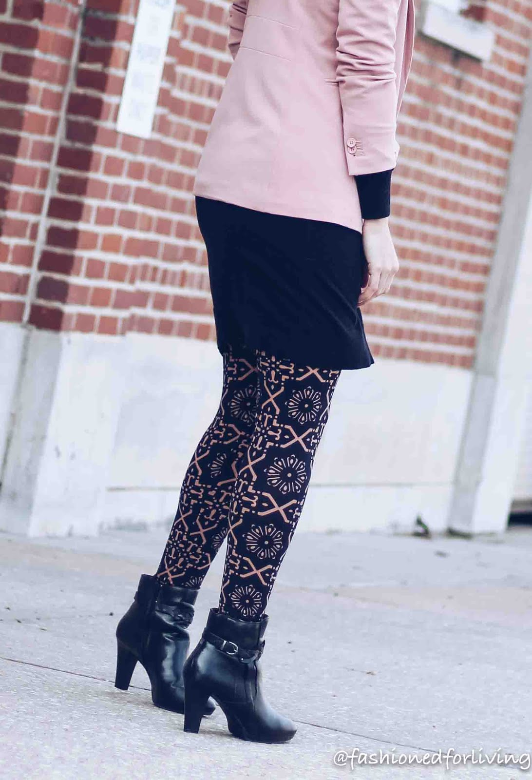 Fashioned For Living Dressed Up Leggings Outfit Blush