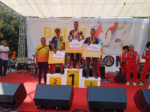 "Prajurit Yonzipur 9 Kostrad Sabet Juara ""Lari BNI UI Half Maraton 2019"""