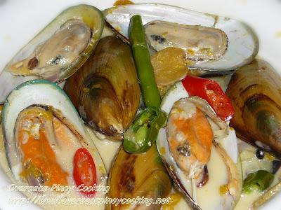 Green Mussels in Coconut Milk