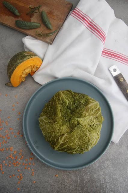 Cuillère et saladier : Chou farci végétarien au potimarron, lentilles corail et thé fumé