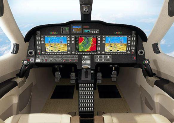 Stratos 714 cockpit