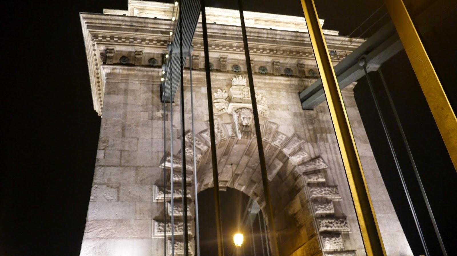 Budapest chain bridge hungary
