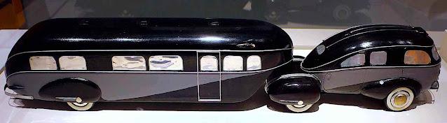 a Brooks Stevens design 1936, a streamline car and trailer