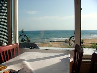 Kilyos Burc Otel'in restoranından manzara