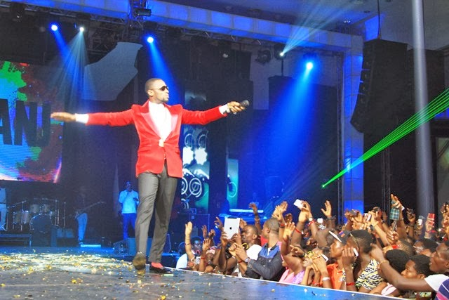 1 Photos from the amazing Guinness colourful world of more concert!