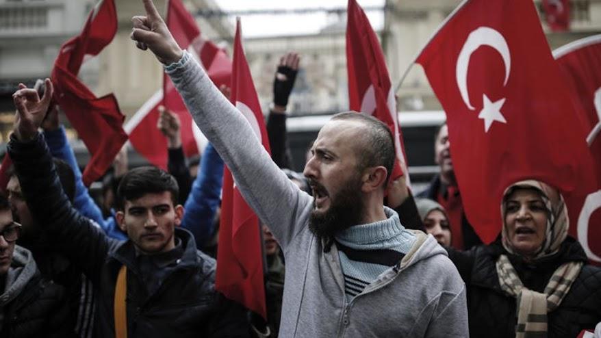 Ολλανδία: Πόσο επηρεάζει η ρητορική Ερντογάν τους Τούρκους της χώρας;