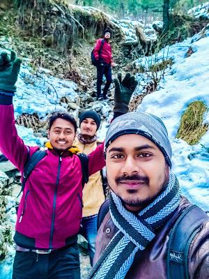 Shimla snowfalls in kufri hills