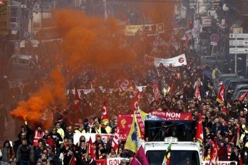 Protestan de nuevo en Francia contra reforma de pensiones
