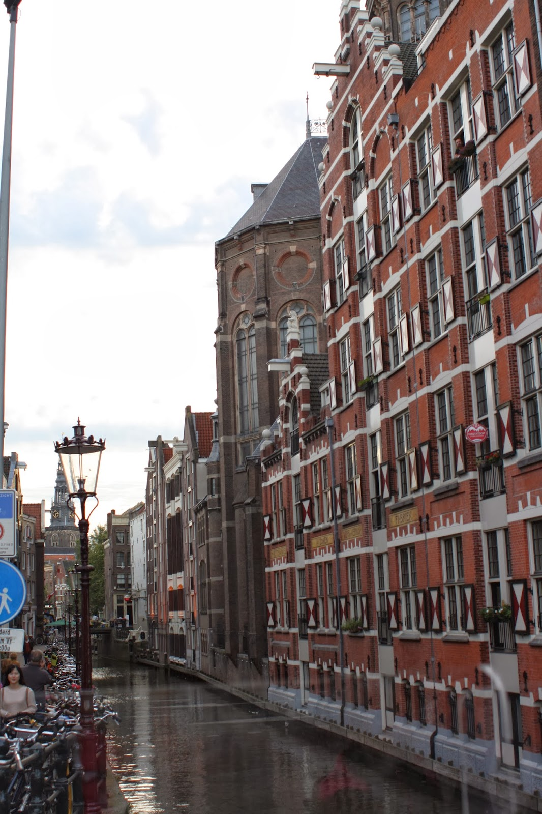 Amsterdam-holiday-canal