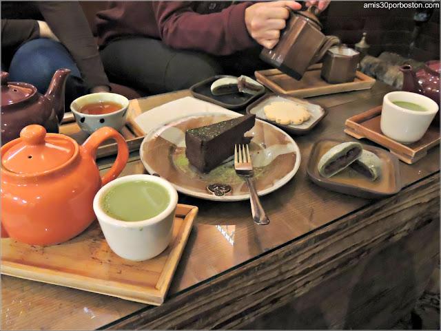 Merienda en Tetería Dobrá Tea en Portland, Maine