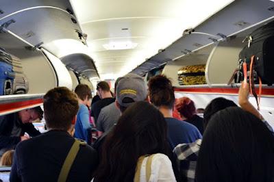Tips Mudah Traveling Dengan Pesawat Terbang