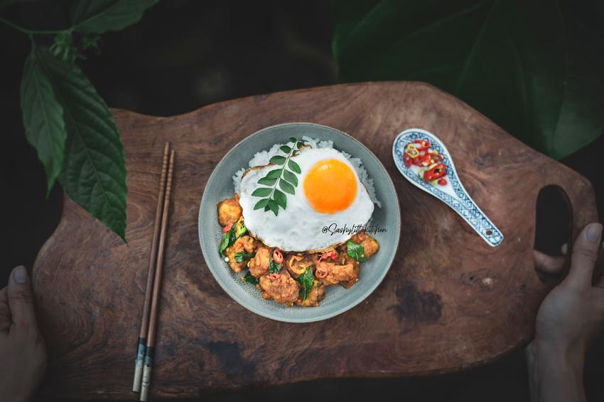Resep Mudah Membuat Rice Bowl Ikan Dori Saus Telur Asin (Crispy Dori Salted Egg)