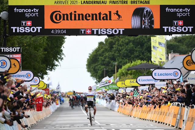 Julian Alaphilippe vence uma etapa pela sexta vez no Tour de France