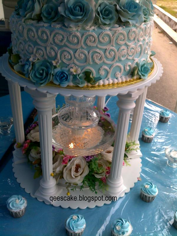 wedding cakes light blue and white qees confectionery jm0578912 m wedding cake light blue 24914
