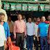 आलमनगर जदयू प्रत्याशी के समर्थन मे जनसंपर्क करते दिखे मुन्द्रिका ट्रेवल्स के मालिक और कर्मी
