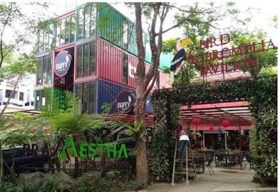 Bird-and-Bromelia-Pavilion