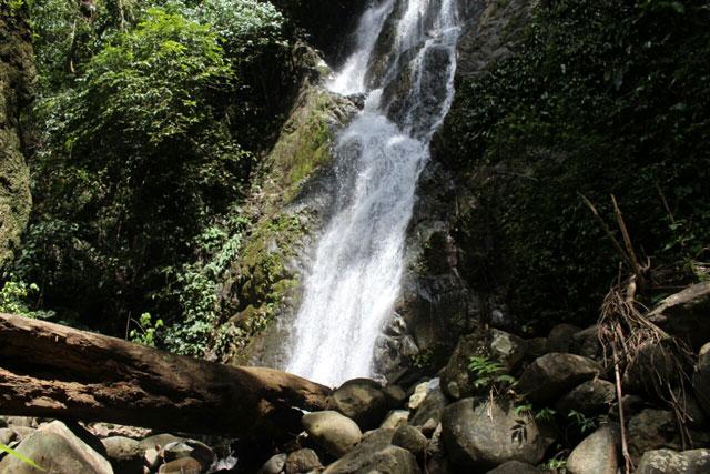 Air terjun Molipungan