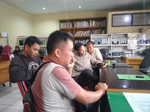 Datangi Disnaketrans Batanghari,Security Lapor PT Bahana Pertiwi Tunda Gaji Hingga 2 Bulan