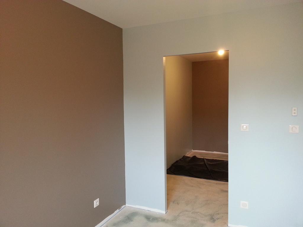 maison la campagne 3 couleur chambre parents. Black Bedroom Furniture Sets. Home Design Ideas