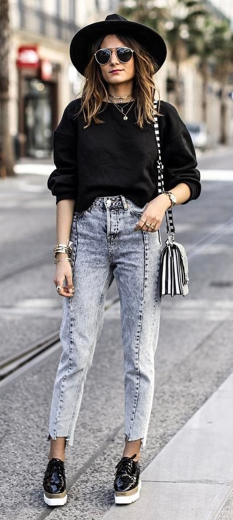 street style addict: hat + top + bag + jeans