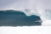 1 Cam Richards Volcom Pipe Pro foto WSL Freesurf Keoki