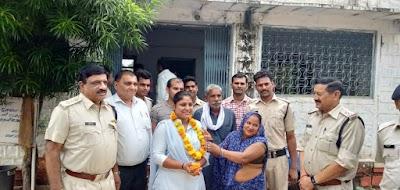 बैराड़ में पदस्थ महिला आरक्षक चुमकी मंडल का विदाई समारोह आयोजित | Bairad News