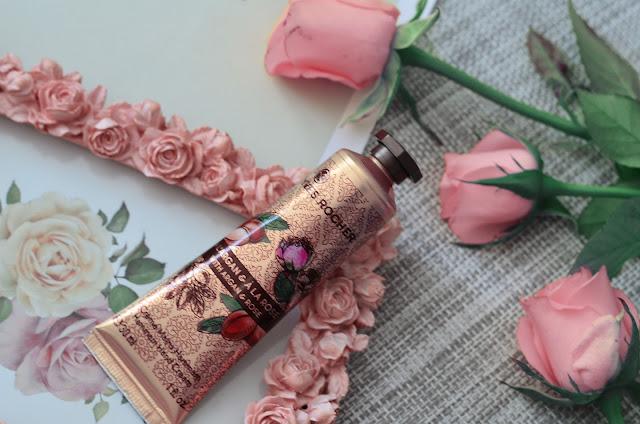Крем для рук  Yves Rocher  аргания- роза